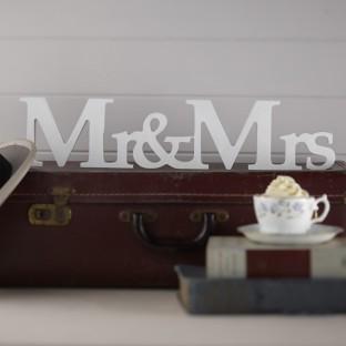 Lettres en bois Mr & Mrs, déco mariage