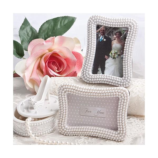 petit cadre marque place perles blanches cadeaux invit s mariage creative emotions. Black Bedroom Furniture Sets. Home Design Ideas