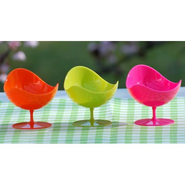 5 verrines design fauteuil vert pop plastique ball chair verrines creative emotions. Black Bedroom Furniture Sets. Home Design Ideas