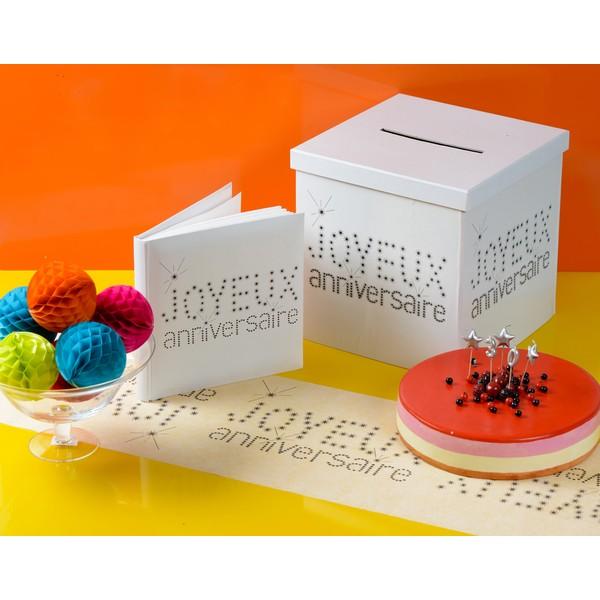 chemin de table joyeux anniversaire blanc joyeux. Black Bedroom Furniture Sets. Home Design Ideas