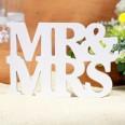 """Lettres en bois """"Mr"""" & """"Mrs"""" blanc déco mariage"""