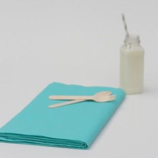 nappe jetable bleu turquoise en papier nappes jetables creative emotions. Black Bedroom Furniture Sets. Home Design Ideas