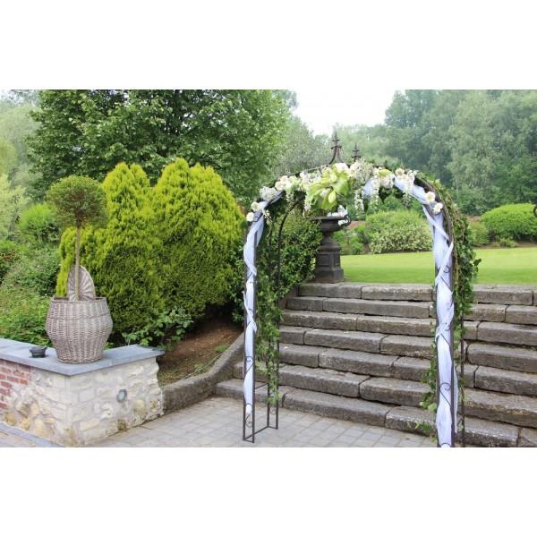 location arche vintage ronde c r monie mariage location. Black Bedroom Furniture Sets. Home Design Ideas