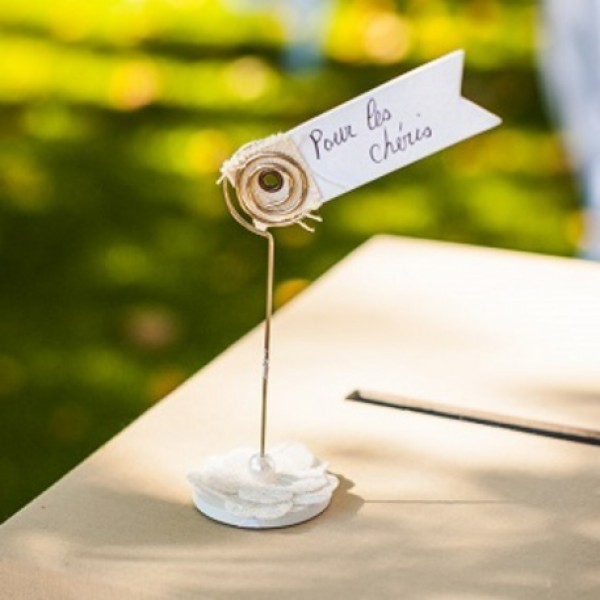 Porte nom fleur lin dentelle perle mariage vintage for Decoration porte nom